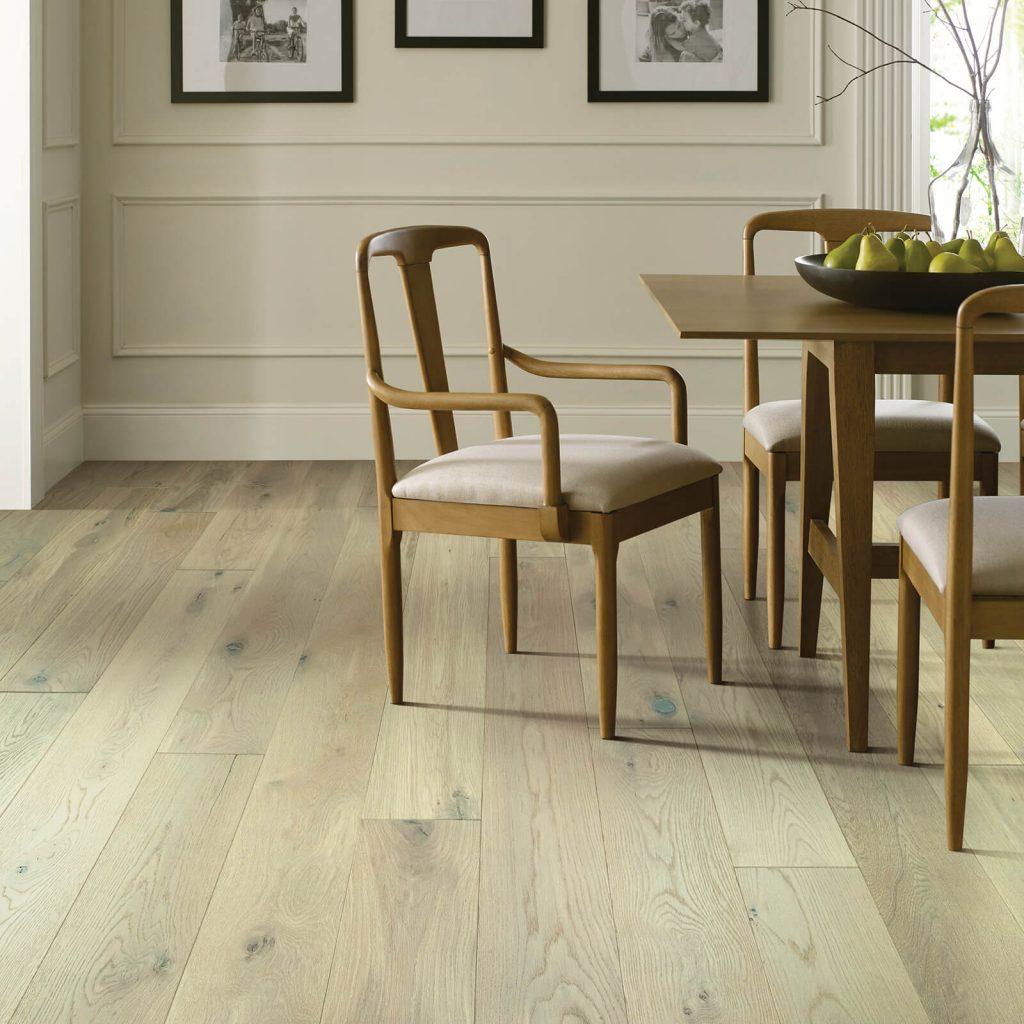 Kensington diningroom flooring | McCool's Flooring