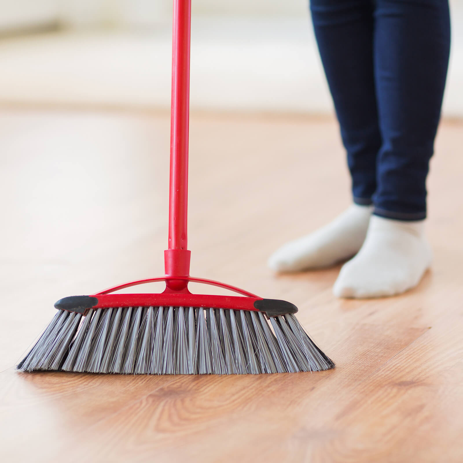Laminate cleaning | McCool's Flooring