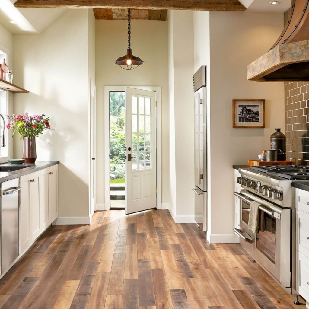 Laminate kitchen | McCool's Flooring