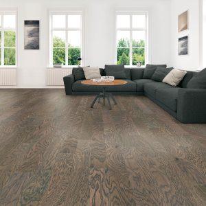 Modern living room hardwood flooring | McCool's Flooring