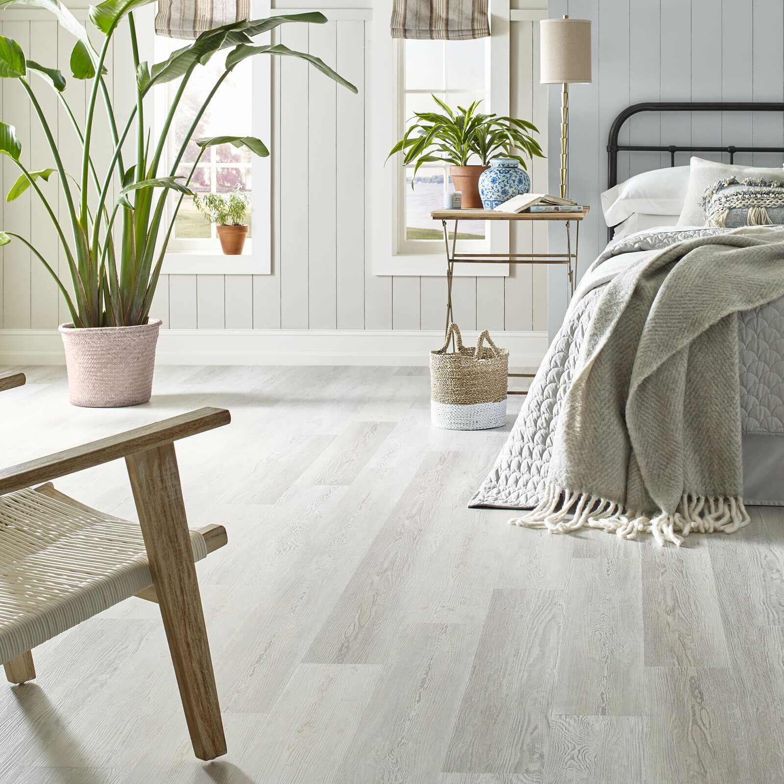 Bedroom vinyl flooring | McCool's Flooring